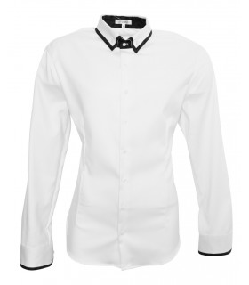 non iron shirt in white with contrast in blue