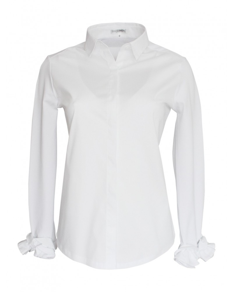 cotton blouse in white with hidden button line and applications on the cuffs