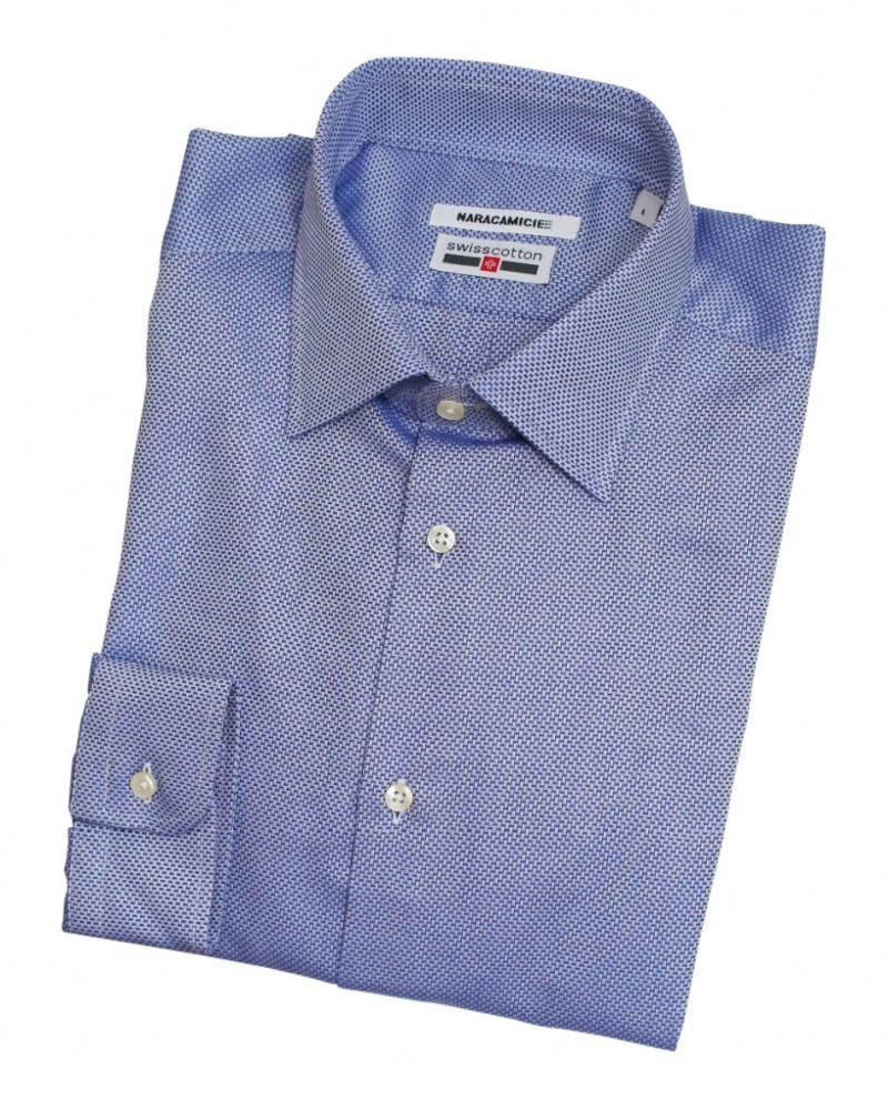 business shirt in blue (swisscotton quality) with fine weave pattern