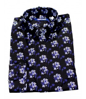 cotton shirt in black with flower pattern in blue/white