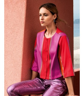 short cut u. wide-necked half sleeve blouse (A-line) with colors orange, red, gold, purple