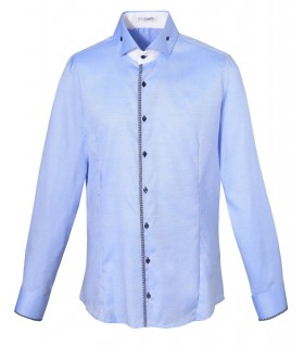 non iron shirt in light blue with contrast in white