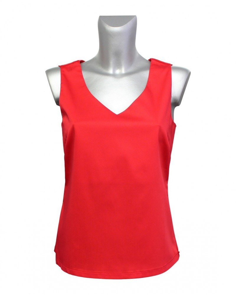 top in red with loop applications on the shoulders (removable), zipper on the side