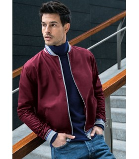 jacket in bordeaux with zip
