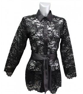 A-line lace blouse in black (slotted on the side) with belt band