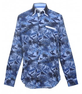 shirt in light blue with palm pattern in blue, double collar and handkerchief application