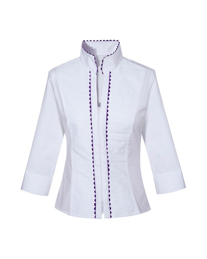 blouse (3/4-sleeve) in white with standing collar, plated plastron, zipper and decoration in dark blue