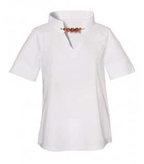 Slightly flared A-line cotton blouse (overhead) in white with wide band collar and jeweled clasp