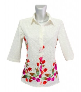 3/4- sleeve lacy fabric blouse in off-white with colorful embroidery on the hem
