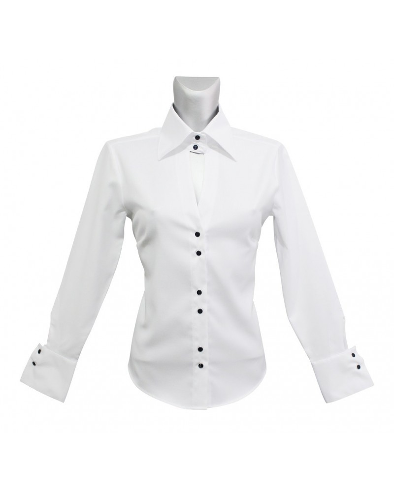 Loose fitting shirt (non iron) in white with wide collar and blue bottons